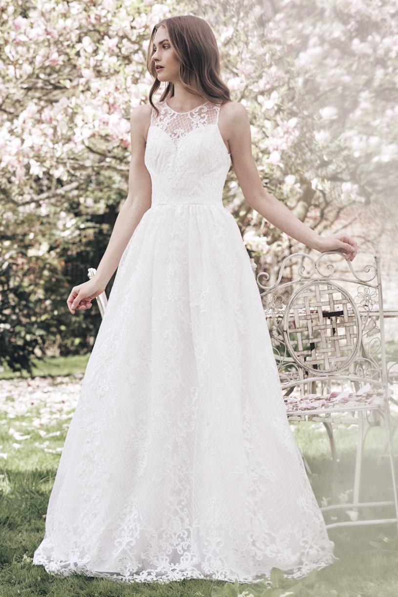 5d4d7d66cd54 Levné svatební šaty